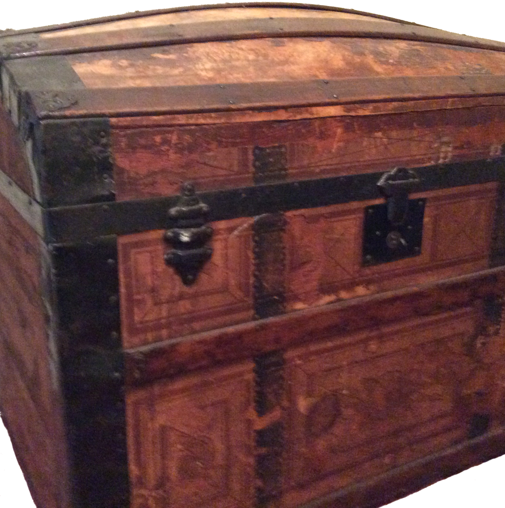 Vintage Roll Top Trunk