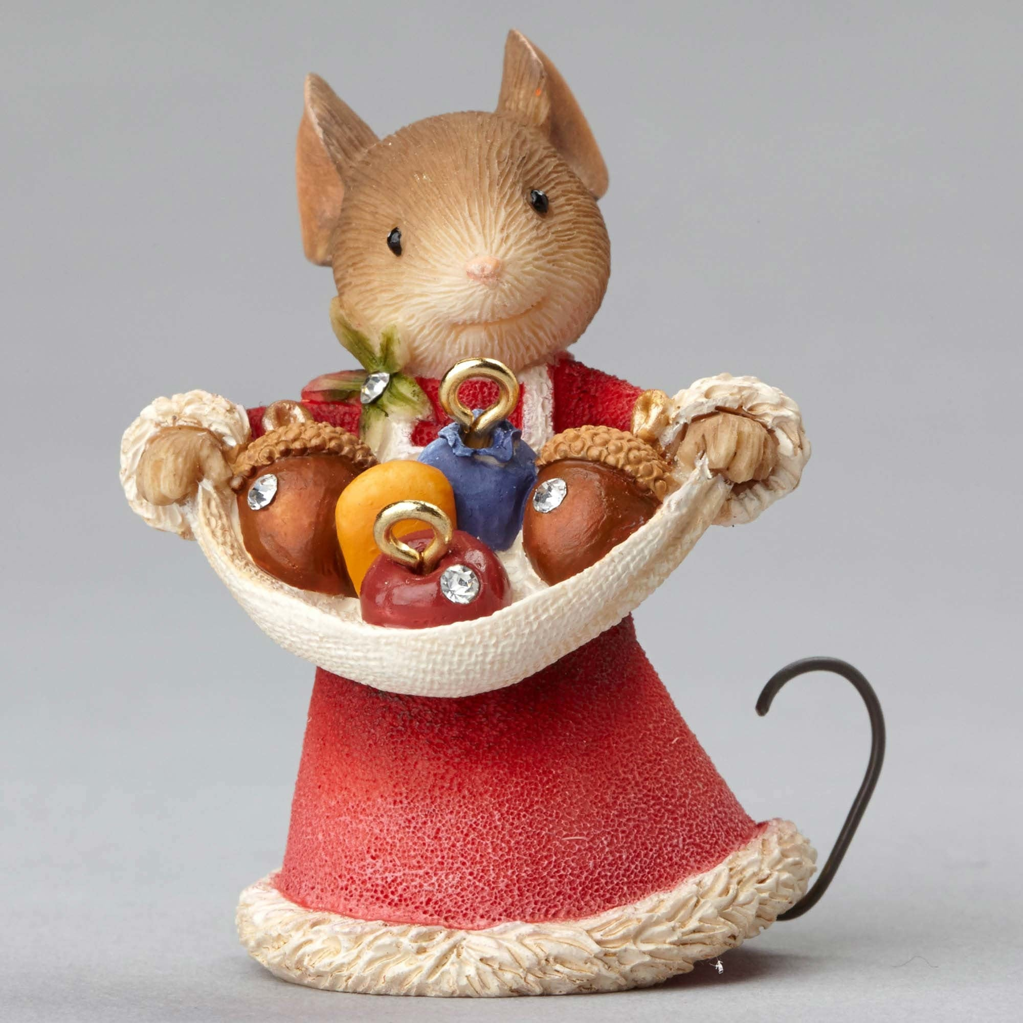 Mouse with Acorn Ornaments Figurine | Heart of Christmas ...