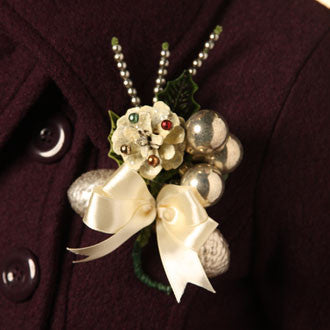 Trim A Package Corsage