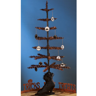 Twisted Tinsel Tree in Witch Boot