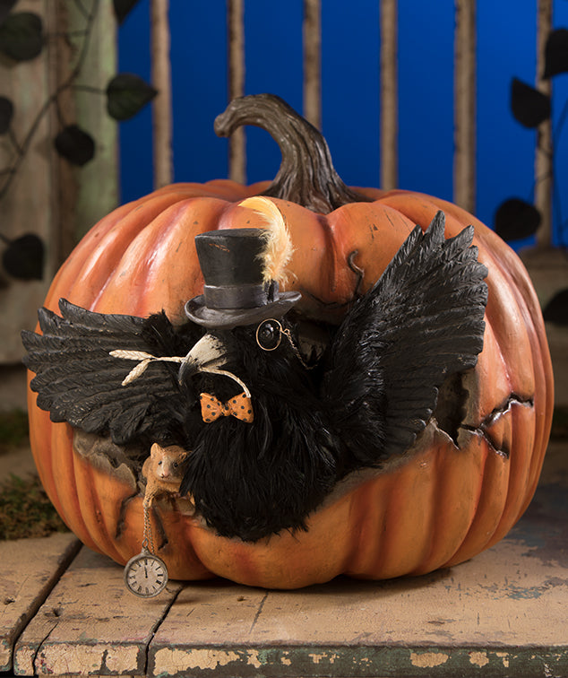Bethany Lowe Cawing Pumpkin with Crow and Mouse - 2019