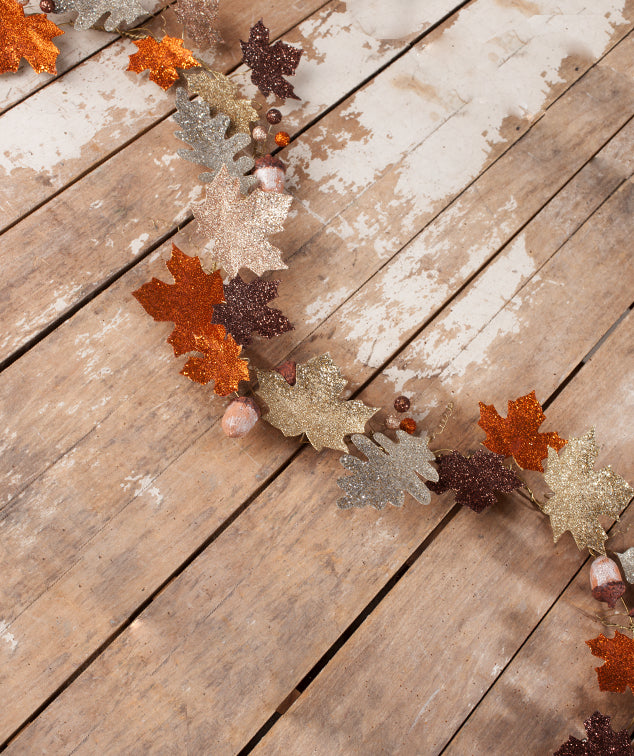 Elegant Fall Leaf Garland with Acorns