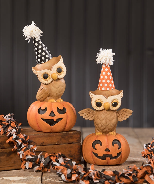 Retro Party Owls on Pumpkins