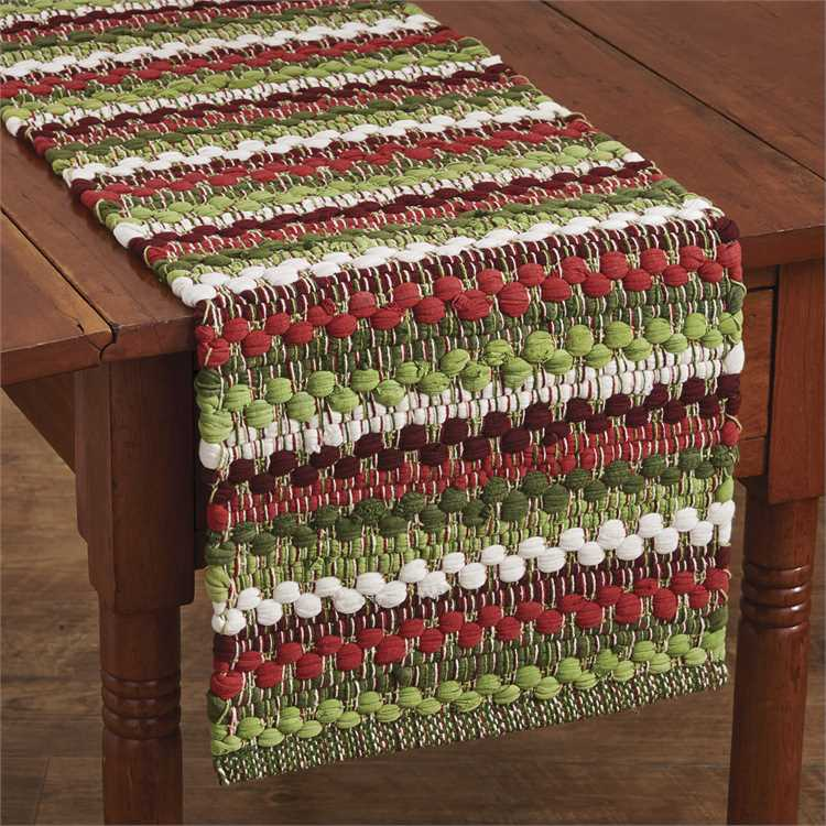 Cozy Christmas Cotton Weave Runner, Red, Green and White