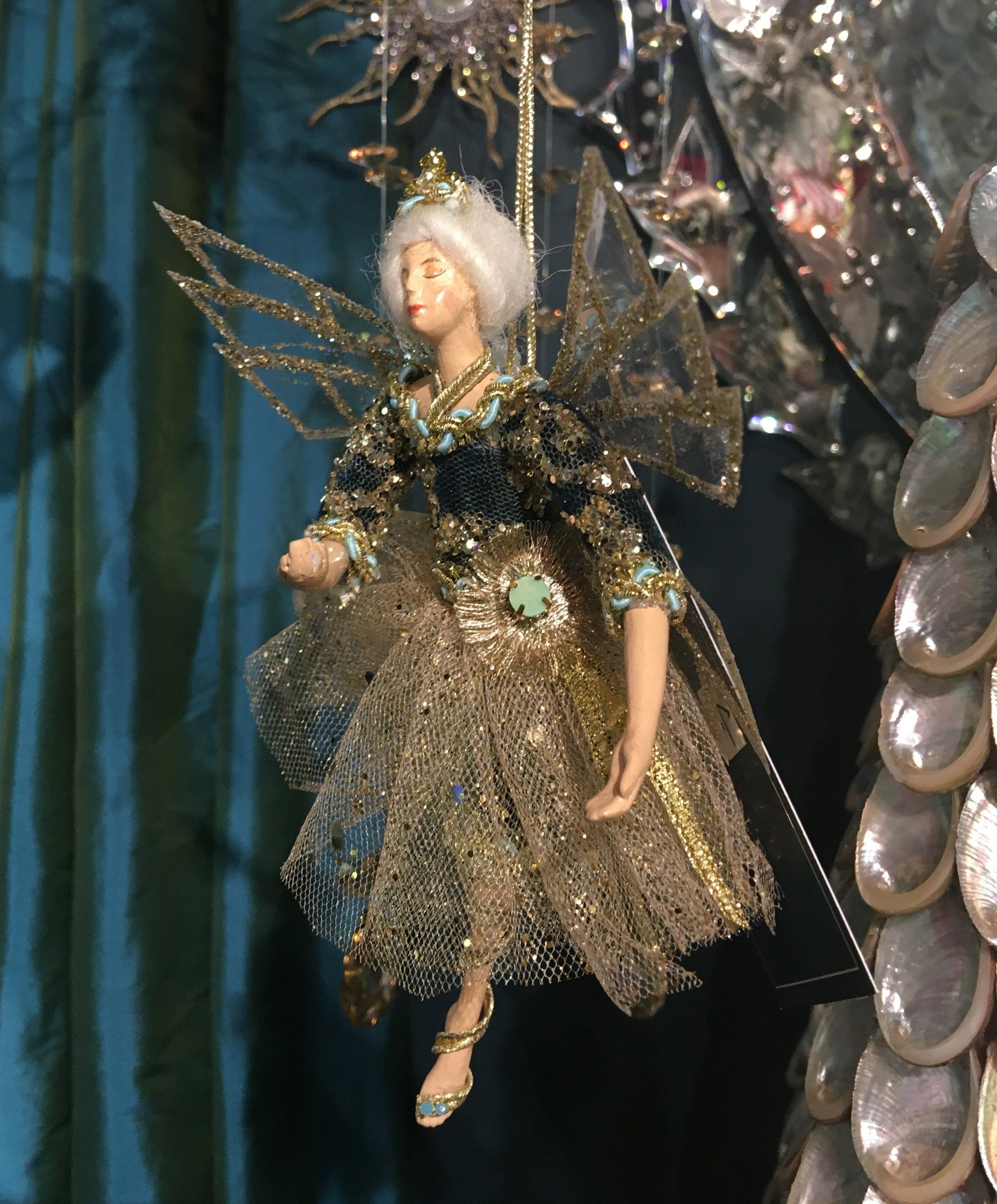 Elegant Fairy Ornament - Gold