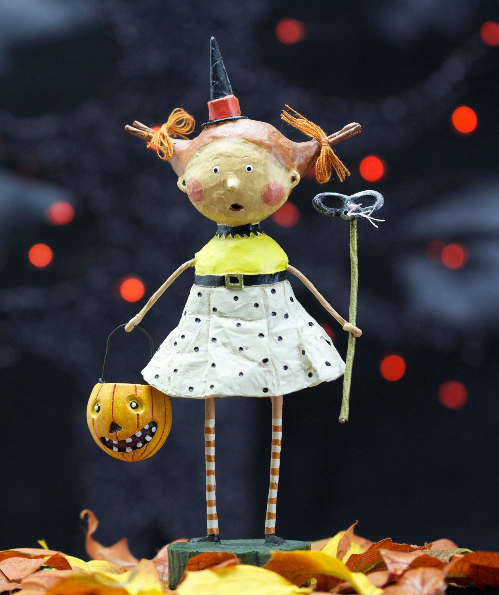 Flirty Gertie Lori Mitchell Halloween Trick or Treater Figurine