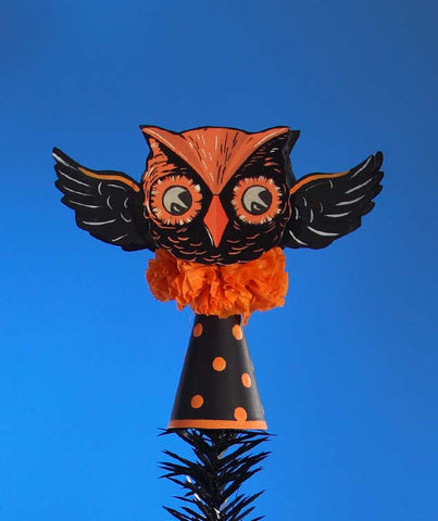 Retro Flying Owl Halloween Tree Topper By Bethany Lowe