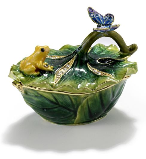 Lilly Pad with Frog Trinket Box with Butterfly