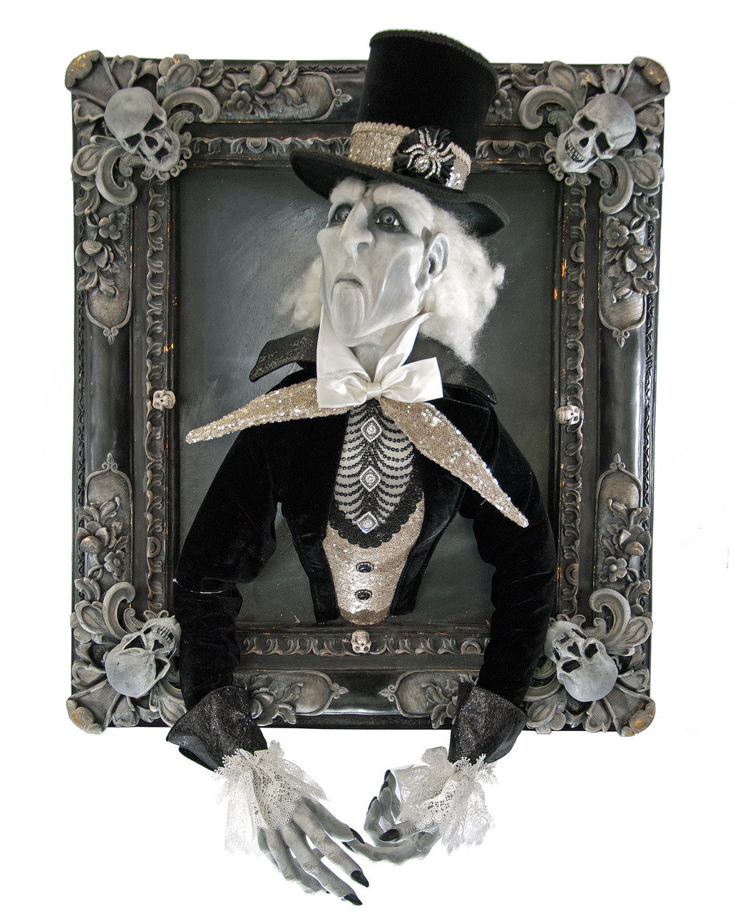 Lord Blackmoore in Frame Halloween Prop
