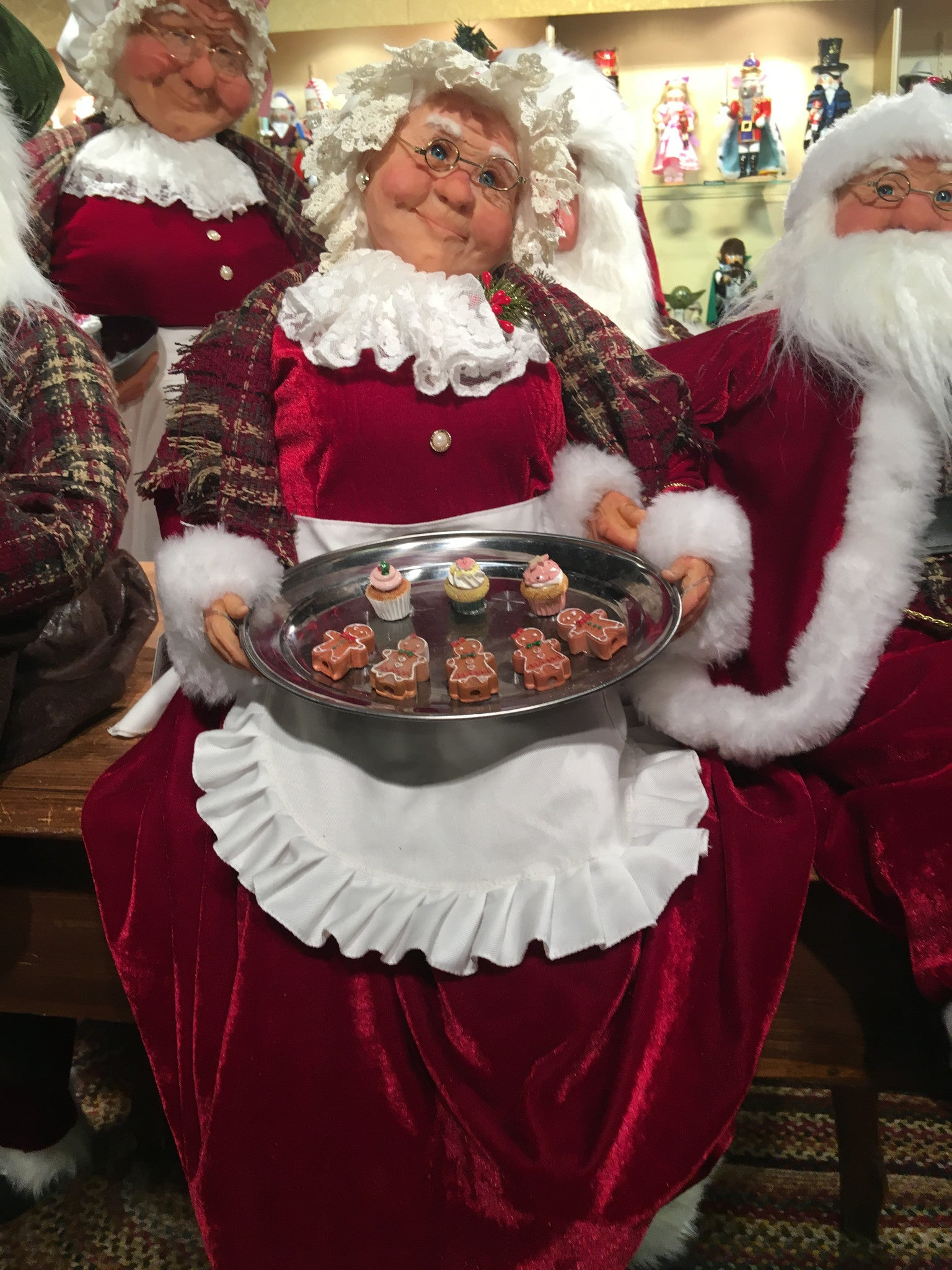 Mrs. Claus with Cookies | Jacqueline Kent Figure - TheHolidayBarn.com