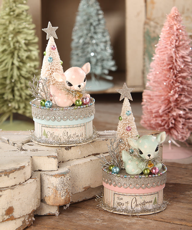 retro pastel deer boxes - Pastel Christmas Decorations