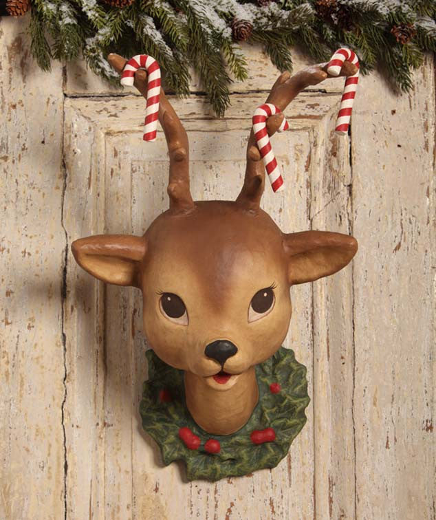 Retro Reindeer Wall Hanging With Candy Canes