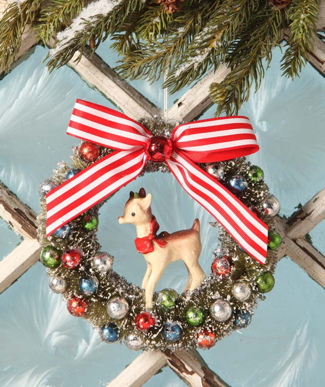 Retro Reindeer Wreath Ornament