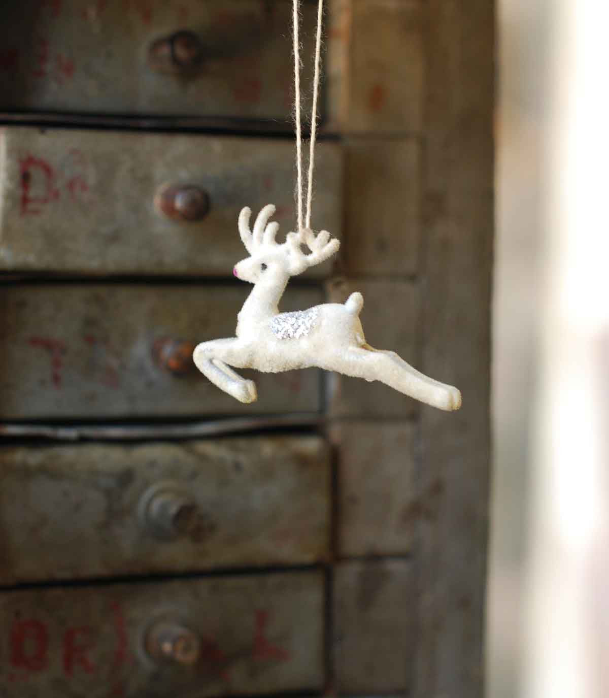 Retro Tiny Flocked Deer Ornaments
