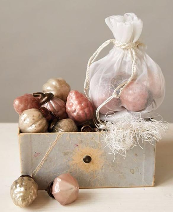 Pink & Golden Pearl Embossed Mercury Glass Ornaments - Baubles
