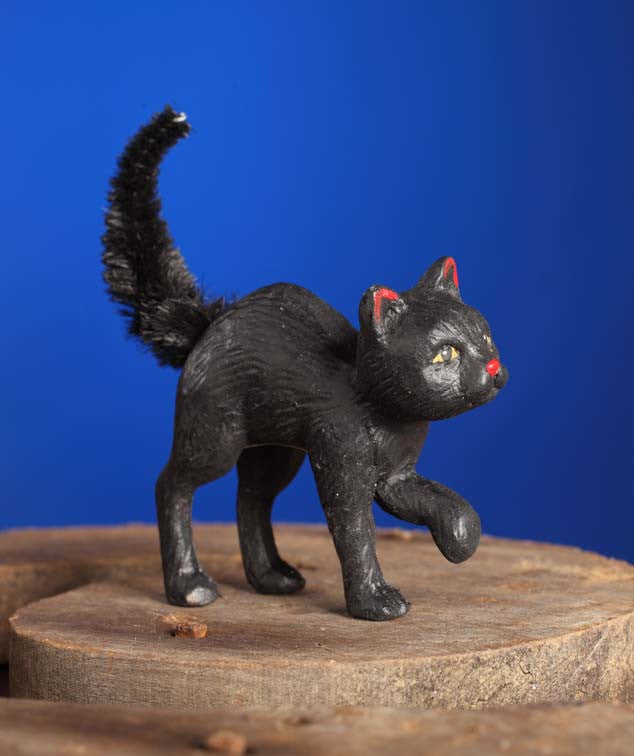 Scaredy Cat Figurine with Chenille Tail by Bethany Lowe