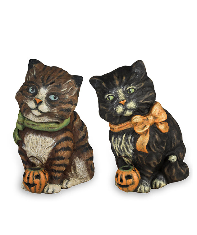 Halloween Cats with Jack O' Lanterns by Vergie Lightfoot