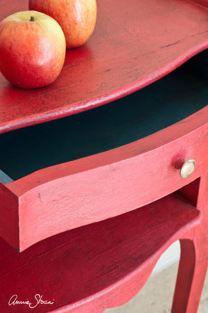 Chalk Paint™ by Annie Sloan Emperor's Silk
