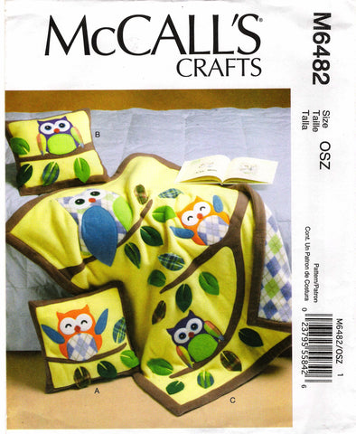 McCall's 6482 Pillow and Quilt