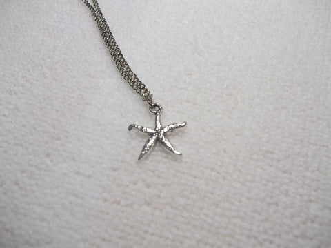 Silver Squiggly Star Fish Necklace (N341)