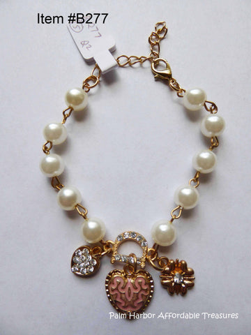 Pearl Chain Heart & Flower Bracelet (B277)