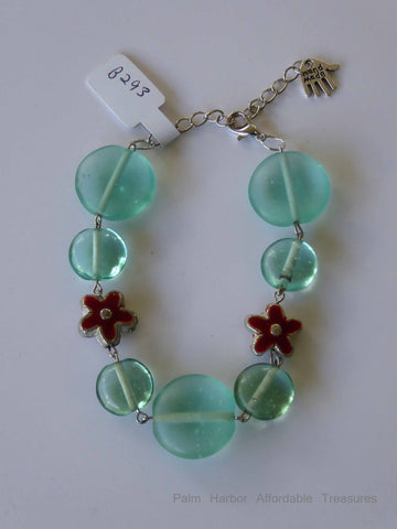 Flat Glass Green Bead Flowers Bracelet (B293)