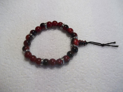 Black Red Glass Bead Stretchy Bracelet (B390)