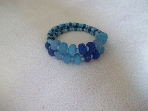 Memory Wire Shades of Blue Beads Bracelet (B415)