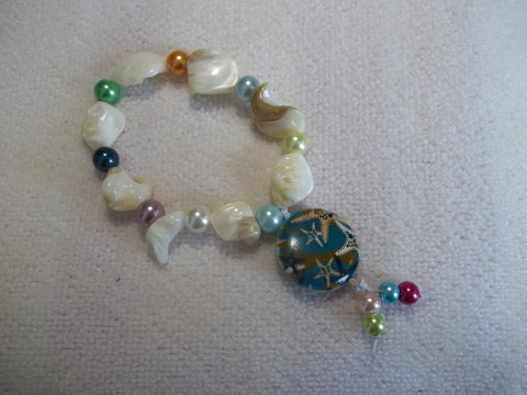 White irregular Pearls Colored Pearls Starfish Stretchy Bracelet (B435)