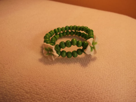 Stretchy Green Wooden Beads White Green Flowers Bracelet (B447)
