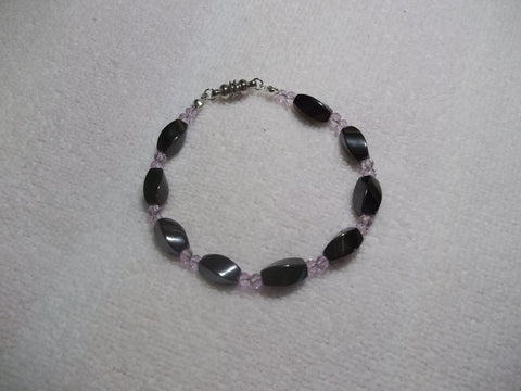 Black Magnetic Light Purple Glass Beads Bracelet (B478)