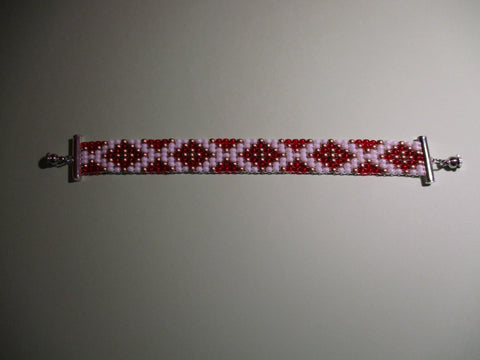 Red Gold White Diamond Shape Seed Bead Loom Bracelet (B563)