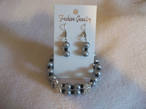 Double Memory Wire Silver Pearls Black seed beads Double Butterfly Bracelet Earrings (BE105)