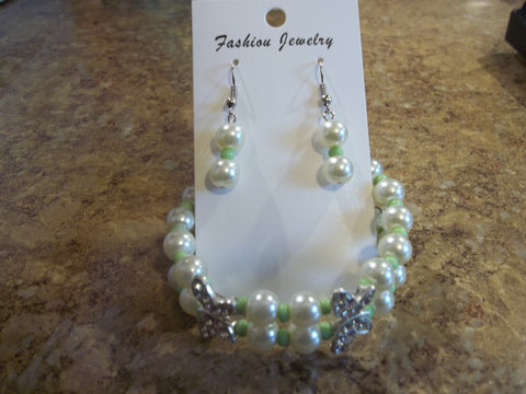 Double Memory Wire White Pearls Green seed beads Double Silver Butterfly Bracelet Earrings (BE106)