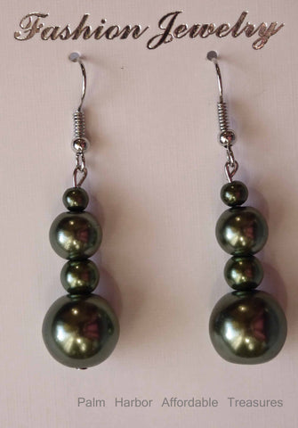 Green Pearl Earrings (E662)