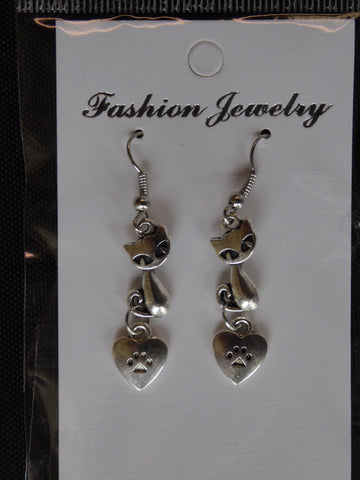 Silver Short Cat Sitting Paw Heart Earrings (E691)