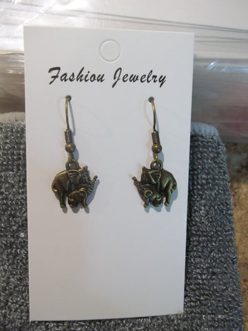 Bronze Elephant Mom Baby Earrings (E890)