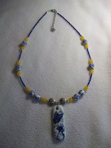 Ceramic Blue Butterfly Pendant Glass Bead Necklace (N1003)