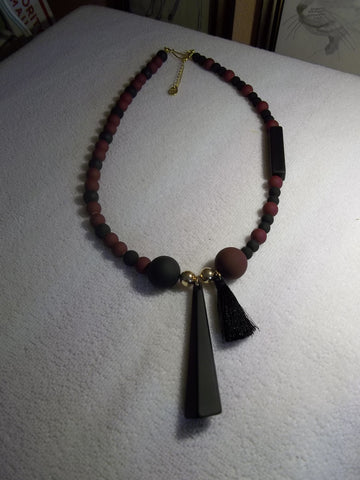 Matte Black Burgundy Glass Beads Geometric Shape Pendant Necklace (N1076)