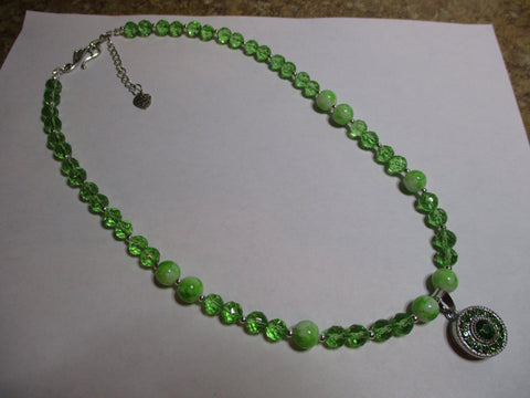 Green Glass Beads Silver seed Beads Snap Button Pendant Necklace (N1176)