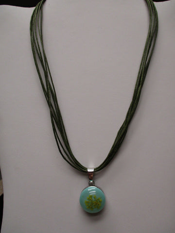 Green Twine Green Dried Flower Snap Button Pendant Necklace (N1198)