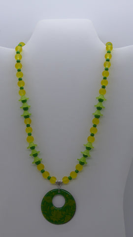 Silver Yellow Flower Green Glass Beads Pendant Necklace (N1209)