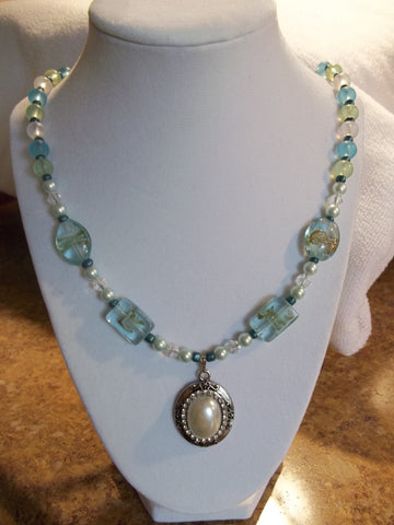 See thru Aqua glass Bead w/ Pearl Pendant Necklace (N237)