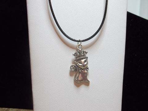Black Leather Silver Queen Cat Necklace (N409)