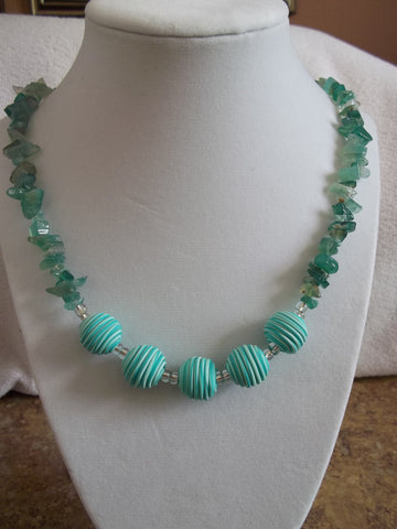 Green Glass Rock Green Round Soft Bead Necklace (N605)