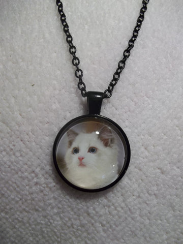 Black Bubble White Cat Necklace (N649)