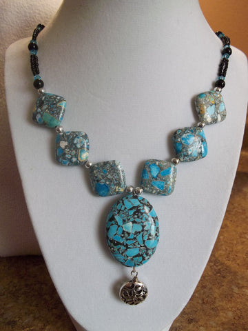 Blue Diamond Shape Rock Bead Necklace (N770)