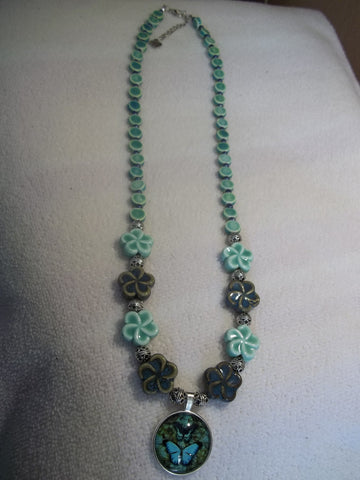 Blue Green Glass Beads w/Butterfly Pendant Necklace (N779)