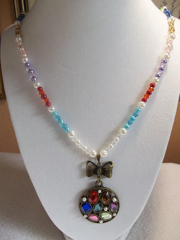 Multi Color Pearls Crystals Bronze Bow Gem Pendant Necklace (N821)