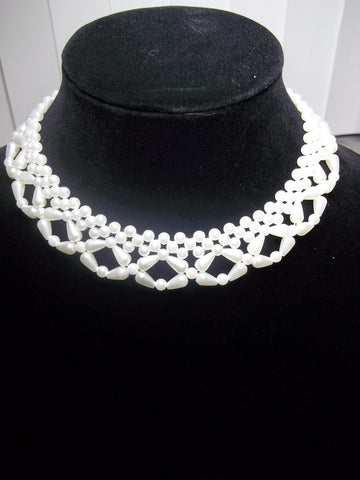 Criss Cross Tear Drop Pearl Choker Necklace (N919)